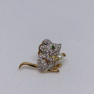 Swarovski Crystal and Pearl Mouse Pin Lapel